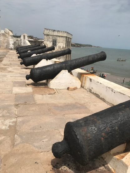 As a fort it was protected with cannons facing all 4 directions.